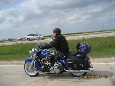 Mig på min Road King - Taget af min far imens han køre